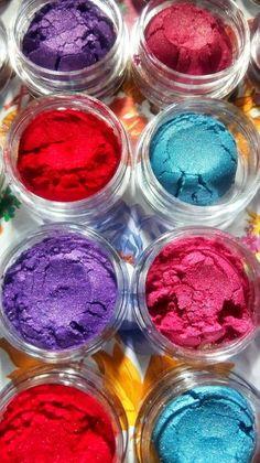 Eyeshadow Pigments, Eyeshadow Palette, Holographic Eyeshadow, Valentine Makeup, Loose Pigments, Milani, Liquid Lipstick, Makeup Cosmetics, Makeup Brushes
