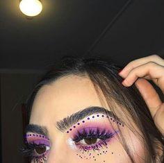 "✨""can't lose just gainin "" ‼️♥︎ Rave Makeup, Kiss Makeup, Glam Makeup, Pretty Makeup, Makeup Inspo, Makeup Art, Makeup Inspiration, Beauty Makeup, Makeup Goals"