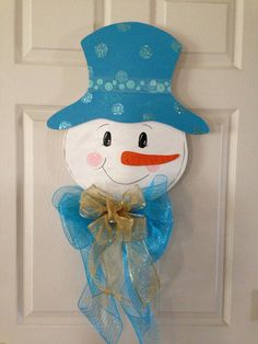 Snowman Swag with silver decorations and by MarlenesCraftShop: Burlap Crafts, Holiday Crafts, Wood Crafts, Diy And Crafts, Holiday Decor, Christmas Door Hangings, Christmas Ornaments, Snowman Door, Christmas Drawing
