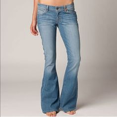 Lucky Brand Charlie Flare Beautiful Lucky Brand jeans in excellent used condition! Slightly distressed but otherwise in great shape, super soft and comfortable jeans. Make me an offer!  Lucky Brand Jeans Flare & Wide Leg
