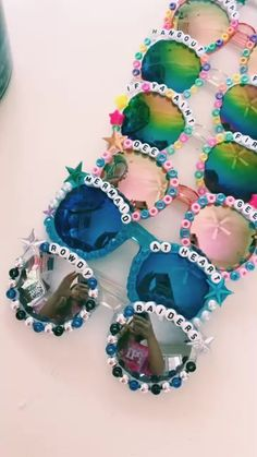Fun custom sunglasses, Fraze creates personalized beaded shades perfect for sorority bid days, sports teams, spring parties, or spring break trips. Cute Crafts, Crafts To Do, Crafts For Kids, Diy Crafts, Summer Crafts, Summer Fun, Summer Bucket, Pulseras Kandi, Best Friend Halloween Costumes