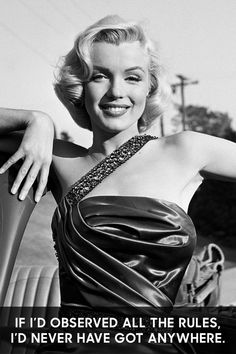 Of all the Old Hollywood stars, Marilyn Monroe and her wise words are some of the most beloved. Marilyn Monroe Artwork, Marilyn Monroe Quotes, Marilyn Monroe Body, Old Hollywood Stars, Hollywood Glamour, Classic Hollywood, Marie Curie, James Dean, Mahatma Gandhi