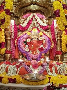 Ganpati Namo Jai Ganesh, Shree Ganesh, Lord Ganesha, Ganpati Bappa, Goddess Lakshmi, God Pictures, Indian Gods, Gods And Goddesses, Deities