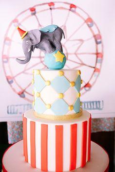 Ιδέες για βάπτιση με θέμα το λούνα πάρκ - EverAfter Birthday Cake, Desserts, Cakes, Food, Tailgate Desserts, Deserts, Cake Makers, Birthday Cakes, Kuchen