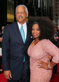 """Oprah Admits Boyfriend Stedman Graham Loves Her Recent Weight Loss: """"I Can Straddle Him Without Breaking His Back! Funny Christmas Photos, Christmas Pjs, Stedman Graham, Relationship Over, Oprah Winfrey, Celebs, Celebrities, Celebrity Couples, Looking Stunning"""
