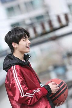 I.N stray kids Busan, Lee Min Ho, Jooheon, Fandom, Shared Folder, Wattpad, Kids Wallpaper, Lee Know, South Korean Boy Band