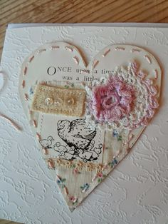 New Shabby Chic Cards Handmade Lace Gift Tags 24 Ideas Fabric Cards, Paper Cards, Decoupage, Sewing Cards, Shabby Chic Cards, Fabric Journals, Valentine Crafts, Making Ideas, Sewing Projects