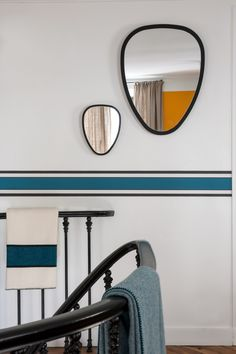 """Easy to install, the frieze which takes again the icons """"stripes"""" of Sarah Lavoine, gives you the opportunity to reinvent your interior in 15 min. Stencil Painting On Walls, House Painting, Half Painted Walls, Bedroom Minimalist, Retro Stil, Decorative Trim, Home Office Design, Apartment Design, Decoration"""