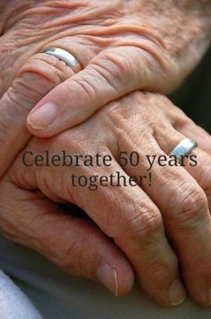 Party Ideas for a Wedding Anniversary 60th Anniversary Parties, Wedding Anniversary Photos, Anniversary Photography, Golden Anniversary, Anniversary Ideas, Anniversary Decorations, Party Wedding, Wedding Vows, Wedding Bands