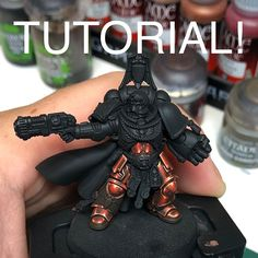 Here is a little step by step for my red nmm armour on this space marine captain. Basecoat with rhinox hide First light placement… Warhammer 40k Figures, Warhammer Paint, Warhammer Models, Warhammer 40k Miniatures, Minis, Top Paintings, Mini Craft, Fantasy Miniatures, Space Marine