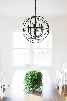 68 Ideas kitchen lighting fixtures track oil rubbed bronze for 2019 Dinning Room Light Fixture, Kitchen Lighting Fixtures, Dining Room Lighting, Kitchen Dinning Room, Dining Room Design, Home Decor Kitchen, Rental Home Decor, Dining Table Makeover, House Tours