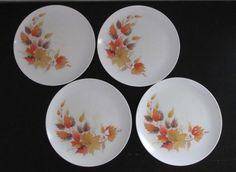 Fall Leaves Set of 4 Mid Century Modern Melamine Vintage Dinner Plates AtomicPutz.com