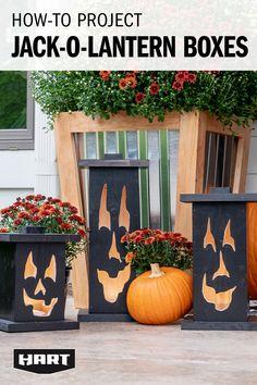 Halloween Fun, Haloween Craft, Halloween Decorations, Halloween Outside, Outside Decorations, Halloween Cakes, Holidays Halloween, Porch Lighting, Holiday Fun