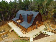 East Texas App Designer You are in the right place about home decor 2019 Here Cabin Homes, Log Homes, Metal Building Homes, Building A House, Casas Containers, Barn House Plans, Barn Plans, Barn Living, Pole Barn Homes