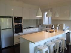 Modern Streamlined Handless Kitchen Sydney