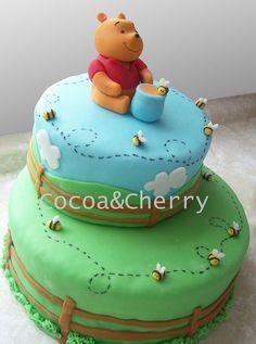 Winnie Pooh simple cake