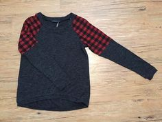 Want this!  Love Lumberjack red shoulder detail on this sweater. Stitch fix fall fashion trends inspiration. Stitch fix. Fall fashion trends. Stitch fix fall 2016. Stitch fix winter 2016.