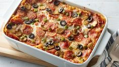 Italian meets Mexican in this delicious dinner casserole that layers the flavors of creamy chicken enchiladas with cheese ravioli. Italian Dishes, Italian Recipes, Italian Foods, Pizza Lasagna, Egg Lasagna, Lasagna Cups, Lasagna Noodles, Lasagna Rolls, Pizza Pizza