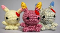 These crochet amigurumi bunnies offer nothing but love! <3