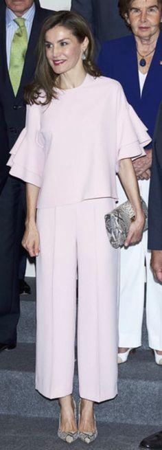 Queen Letizia. Elegant in an Zara outfit.