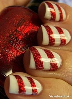 Christmas Nail Designs / Uñas navideñas / Rojo y blanco / Brillos / Caramelos de navidad