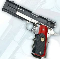 Custom, pistol, guns, weapons, self defense, protection, 2nd amendment, America, firearms, munitions #guns #weapons