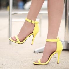 STYLE: NAYA Yellow Shoes Heels, Yellow High Heels, Color Amarillo Pastel, Boots Beauty, Prom Accessories, Cute Heels, Summer Shoes, Summer Clothes, Pastel Yellow