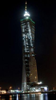 dubai-united-arab-emirates-middle-east-skyscraper-world-renowned-resort