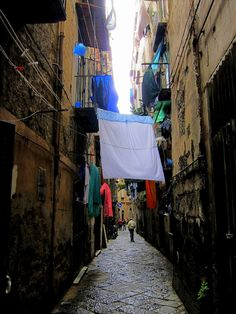 Exploring the old town in Naples, Italy  from http://www.nonstopfromjfk.com/exploring-naples-italy/