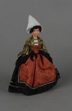 Hermeline, poupée habillée à la mode de Morlaix et du Trégor (seconde moitié XXe)