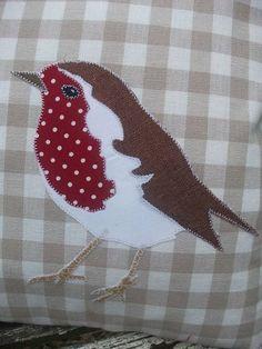 Bird on plaid pillow Applique Cushions, Pillow Embroidery, Applique Quilts, Machine Embroidery, Applique Templates, Applique Patterns, Applique Designs, Quilting Designs, Applique Ideas
