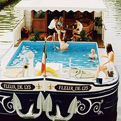 Float while onboard the Belmond Afloat #Canalride