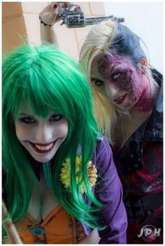 Lady Joker and genderbend Two Face cosplay: Lady Jokers Costumes, 63 Jokers, Cosplay Batman Cosplay, Dc Cosplay, Joker And Harley Quinn, Best Cosplay, Awesome Cosplay, Cool Costumes, Cosplay Costumes, Costume Ideas, Carnival