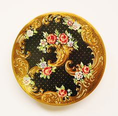 Floral Regency British Compact