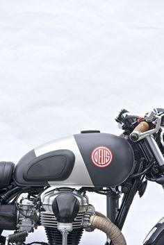 Red Pill | Deus Ex Machina | Custom Motorcycle