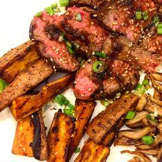 [HOMEMADE] Seared Marinated Flank Steak Roasted Sweet Potatoes and Sesame-Lime Sauteed Oyster Mushrooms http://ift.tt/2kBkRs5