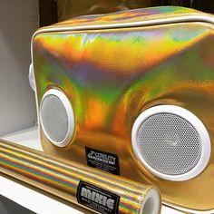 #gold #laser #edm ##fydelity #speakerbag #stereobag #speakerbackpack #highfydelity #radiobags #boombox #ghettoblaster #oldskool #stereocooler #speakercooler #fydelitystereobags #electro #house #dance #disco #