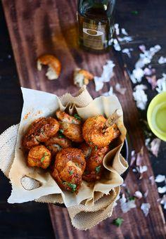 Garlic Sriracha Bread Knots by foodfashionparty #Rolls #Garlic #Sriracha