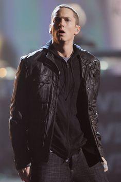 It doesn't matter if you call him Marshall Mathers, Slim Shady, B-Rabbit, or Eminem: he's 45 on Tuesday and still as hot as ever. Eminem burst onto the scene Eminem Style, Eminem Rap, Eminem Memes, Marshall Eminem, The Eminem Show, Eminem Photos, Arte Hip Hop, The Real Slim Shady, Eminem Slim Shady