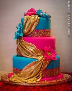 Order a tasy looking mehndi cake with a mehndi design to match the theme of your event. Here's 5 mehndi cake ideas that you can get inspiration from for your own mehndi. Pretty Cakes, Beautiful Cakes, Amazing Cakes, Indian Cake, Indian Wedding Cakes, Bollywood Cake, Bollywood Party, Bollywood Wedding, Mehndi Cake