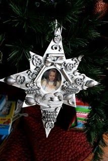 christmas photo decoration. star made from white posterboard: glue pasta shapes on, spraypaint with metallic paint, & when dry stick photo in the middle.