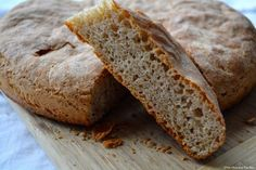 When you say that you are vegetarian then you have totally veered away from any animal meat. Talk about being healthy! Pan Bread, Slice Of Bread, Bread Baking, Greek Recipes, Desert Recipes, Low Sugar Diet, Vegetarian Recipes, Healthy Recipes, Whole Wheat Bread