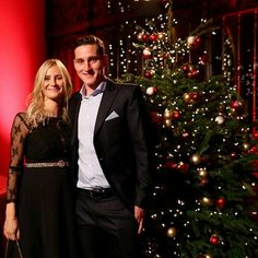 Rüdy with his wife wish you a merry Christmas😍❤  .  #bayernmunchen #bayern #fcbayernmünchen #fcbayern #miasanmia #deutschland #dfb #bundesliga #iraq #futbol #football #allianzarena #bavaria   #bayernmunich #bayernmünchen #davidalaba #alaba #muller #müller #arturovidal #vidal #jamesrodriguez #rodriguez #sebastianrudy #rudy #fcbayernxmas #fcbayernwags #fcbayernfamily #bayernfamily
