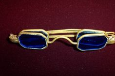 Antique Spectacles 1815 - 1900 (most found are octagonal 1860s)