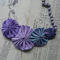 Yoyo necklace - great colors