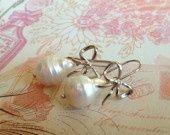 Sofia's Bijoux boucles d'oreilles avec grosses perles baroque : Boucles d'oreille par sofiabijoux sur ALittleMarket