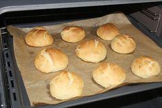 Mini bułeczki – prosty przepis | Słodkie okruszki Herbal Remedies, Baking Recipes, Food To Make, Catering, Herbalism, Pancakes, Food And Drink, Pizza, Bread