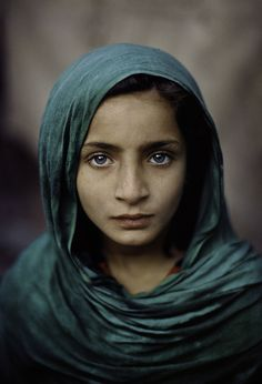 """Faces of Afghanistan"" - Steve McCurry would love to paint this"