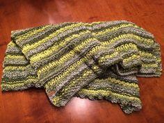 Babydecke / Kinderdecke / Dekordecke made by Strickgräfin - handgestrickt in Hellgrün, Dunkelgrün und Grau Crochet, Fashion, Scarf Knit, Head Bands, Scarves, Gray, Kids, Crochet Hooks, Moda