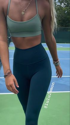 Cute Workout Outfits, Sporty Outfits, Athletic Outfits, Fashion Outfits, Pretty Outfits, Cute Outfits, Summer Body Goals, Academia Fitness, Style Urban